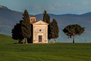 nella foto: Cappella della Madonna di Vitaleta